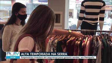 Empresários investem em segurança para garantir vendas em Petrópolis - Inverno é a alta temporada na Região Serrana. Vendas estão abaixo do esperado devido à pandemia.