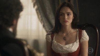 Anna se desespera com a decisão da justiça - Thomas avisa que Anna é bem-vinda em sua casa caso não queira se afastar de Vitória