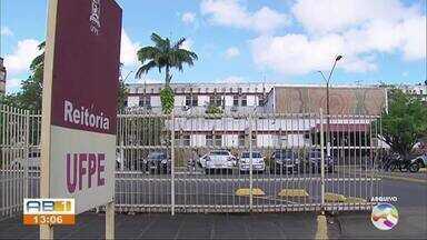 UFPE anuncia bônus de 10% no Enem para candidatos de medicina que moram no estado - Medida estimular acesso de estudantes que fizeram o ensino médio em Pernambuco.