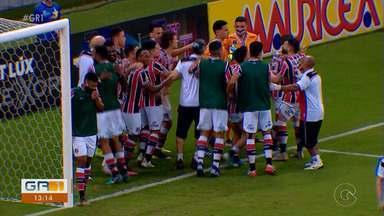 Santa Cruz é o primeiro finalista do Campeonato Pernambucano - O tricolor venceu o Náutico, nos pênaltis.