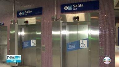 Após morte de menino que caiu de prédio, Alepe aprova lei que veta criança só em elevador - Norma foi aprovada pelos deputados, nesta quinta (30), e segue para assinatura do governador