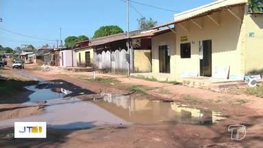 Moradores do bairro Matinha, em Santarém, sofre com problema de água servida - Para solucionar o problema, é necessário que seja construído o sumidouro.