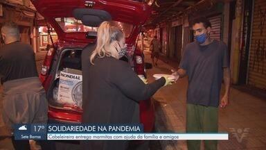 Moradora de São Vicente cria grupo para entregar marmitas a moradores de rua - Cabeleireira criou projeto e entrega marmitas com ajuda da família e amigos.