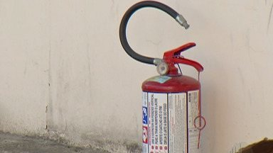 Incêndio atinge almoxarifado da Santa Casa de Suzano - O incêndio aconteceu na noite da última sexta-feira (7) e nesta segunda-feira (10) deve ser realizado perícia no local.