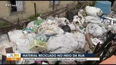 Moradores denunciam o acumulo de lixo em terreno público no bairro da Sacramenta, em Belém - Moradores denunciam o acumulo de lixo em terreno público no bairro da Sacramenta, em Belém