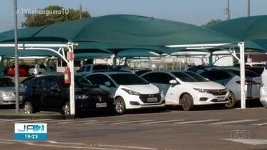 Estacionamentos têm que se responsabilizar por objetos deixados em carros - Estacionamentos têm que se responsabilizar por objetos deixados em carros