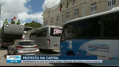 Trabalhadores da área do Turismo pedem liberação de praias e pontos turísticos - Manifestações na capital