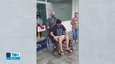 Homem de 38 anos vence a Covid-19 após mais de 2 meses internado - Fabrício Lira venceu a doença depois de 75 dias de internação.
