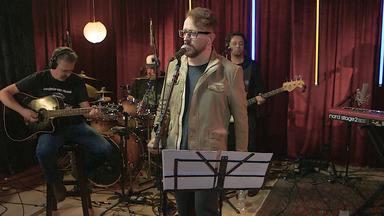 Nenhum De Nós - A cada episódio um artista convidado toca seu álbum preferido de algum outro músico. Nesse episódio, a banda Nenhum de Nós toca 'Kleiton & Kledir'. Eles comentam as músicas e contam o quanto o álbum os influenciou.