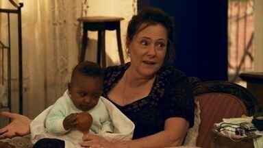 Cunegundes implica com casamento de Filó e Candinho - Eponina afirma que o sobrinho está prestes a nascer