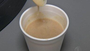 Idosos e pessoas em situação de rua de Mogi ganham reforço na alimentação - Uma máquina que produz sopa e café com leite instantâneos foi cedida para a Prefeitura durante essa semana.