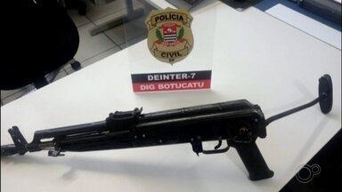 Polícia identifica suspeitos de comandar ataque a agências bancárias em Botucatu - A Polícia Civil identificou dois suspeitos de comandar o ataque a agências bancárias que aterrorizou os moradores de Botucatu o fim de julho.