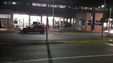 Pacientes reclamam da demora no atendimento no Hospital Luzia de Pinho Melo, em Mogi - Nos últimos dias, foram enviadas diversas reclamações pelos moradores sobre o atendimento no local.