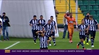 Figueirense perde em casa e não sai do z-4 da Série B - Figueirense perde em casa e não sai do z-4 da Série B
