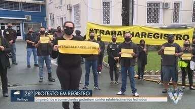 Comerciantes protestam por reabertura de estabelecimentos no Vale do Ribeira - Empresários e comerciantes protestam contra estabelecimentos fechados e pedem avanço no Plano SP.