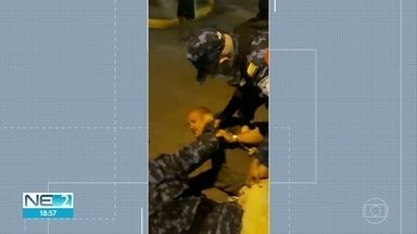 Homem é agredido pela Guarda Municipal de Camaragibe quando estava em praça com o filho - Prefeitura pediu desculpas e alegou que existe decreto que proíbe pessoas após 22h, em áreas públicas