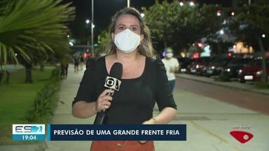 Massa de ar frio de origem polar que deve chegar ao Brasil pode afetar o ES - Veja na reportagem.