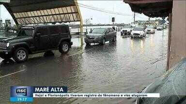 Itajaí e Florianópolis registram maré alta - Itajaí e Florianópolis registram maré alta