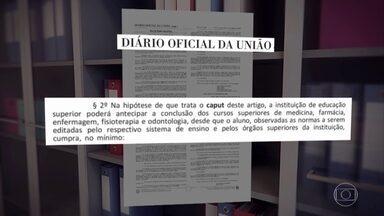 Alunos que estão terminando medicina querem antecipar colação para atuar na pandemia - Estudantes da UFPE se baseiam em nova lei assinada pelo presidente Bolsonaro