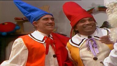 Episódio 35 - Programa humorístico protagonizado pelo o quarteto atrapalhado Didi, Dedé, Mussum e Zacarias.