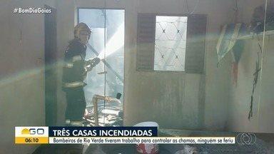 Incêndio atinge três quitinetes em Rio Verde - Ninguém se feriu.