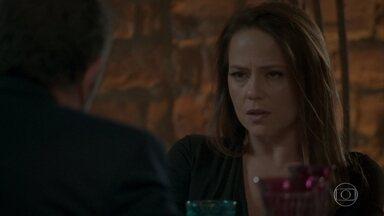 Lili dá fora em Germano - O empresário tenta reatar o casamento, mas se decepciona com a ex-mulher