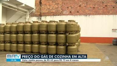 Entenda porquê o preço do gás de cozinha sofreu tantos reajustes na Bahia - Nesta sexta-feira (4), entrou em vigor mais um aumento de 5% no valor do combustível.