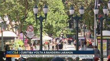 Curitiba volta à bandeira laranja com mais restrições no funcionamento de atividades - As novas medidas começam a valer na segunda-feira (7)
