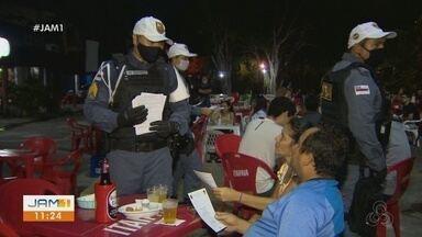Ação policial em bares conscientiza condutores de veículos - Operação quer diminuir números de acidentes de trânsito.