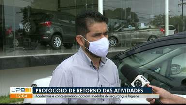 Concessionárias se adaptam e podem voltar a realizar test drive, em João Pessoa - Lojas de carro podem oferecer aos clientes cumprindo regras de segurança sanitária