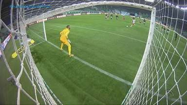 Após cinco rodadas sem vitória, Grêmio busca os três pontos contra o Atlético-GO - Inter enfrenta o Bahia no Beira-Rio. RBS TV transmite ao vivo, a partir das 16h.