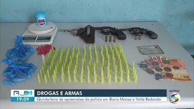 PM apreende drogas e armas em ações diferentes em Barra Mansa e Volta Redonda - Em uma das ocorrências, dois homens foram presos em flagrante por tráfico de drogas no bairro Santa Izabel, em Barra Mansa.