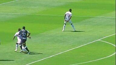 Jô toma dois jogos de suspensão; Corinthians tenta efeito suspensivo - Jô toma dois jogos de suspensão; Corinthians tenta efeito suspensivo