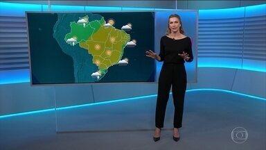 Veja como fica o tempo nesta quarta-feira (16) - No Centro-Oeste, interior do Nordeste e em grande parte do Sudeste, a umidade continua baixa nesta quarta (16). Anne Lottermann conta como fica o tempo em todo o país.