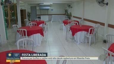 Procura por buffets e salões está alta desde reabertura em Ribeirão Preto - Setor de eventos voltou a comemorar com alta em busca por datas disponíveis após liberação por parte da Prefeitura.