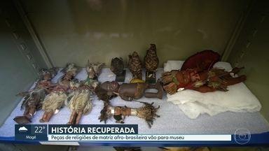 Museu da República recebe peças históricas de religiões afro-brasileiras apreendidas - A coleção, de 523 peças, foi retirada de terreiros em batidas policiais e estava apreendida há um século.