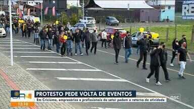Empresários e profissionais de eventos em Criciúma protestam pelo retorno do setor - Empresários e profissionais de eventos em Criciúma protestam pelo retorno do setor