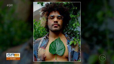 Polícia investiga denúncia de racismo contra modelo em Recife - Ele foi vítima de comentários preconceituosos nas redes sociais.