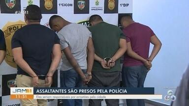Cinco homens são presos suspeitos de realizar arrastões em Manaus - Eles estavam realizando arrastões em terminais da cidade.