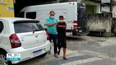 Presos homens envolvidos em roubo a bar e tráfico de drogas em Angra dos Reis - Prisões aconteceram na tarde de segunda-feira (28), no bairro Banqueta e no Frade.