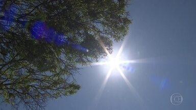 Calor bate recorde em vários cantos do país - No interior de Goias a temperatura chegou a 47°
