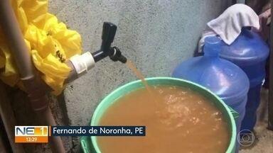 Moradores reclamam da qualidade da água em Fernando de Noronha - De acordo com a Compesa, o rompimento de uma tubulação durante obra em pousada afetou o abastecimento da Vila dos Remédios, em Fernando de Noronha. A cor da água só deve ser normalizada no sábado (3).