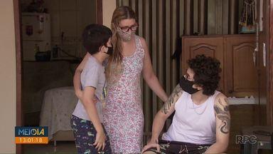 Vaquinha garante casa para criança que tentou comprar imóvel com R$50 por mês - A história do menino de 9 anos viralizou e despertou a solidariedade de muitos.