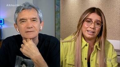 Marília Mendonça conta que era proibida de ouvir música que não fosse gospel - A cantora diz que sua mãe não deixava e que ouvia escondida no seu quarto
