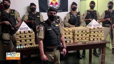 Polícia apreende 150 kg de maconha em Curvelo - Droga estava escondida em uma casa no Bairro Ponte Nova e quatro pessoas foram presas.