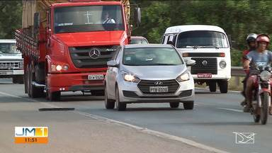Movimento intenso nas estradas maranhenses neste feriado - Já nos terminais rodoviários, houve uma certa tranquilidade durante a manhã desta segunda-feira (12).