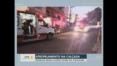 Atropelamento em calçada, deixa mulher ferida em Concórdia - Atropelamento em calçada, deixa mulher ferida em Concórdia