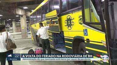 Movimento na rodoviária de BH é menor neste 12 de outubro - Administração do terminal, no Centro de Belo Horizonte, disse que a queda do movimento quase pela metade é reflexo da pandemia.