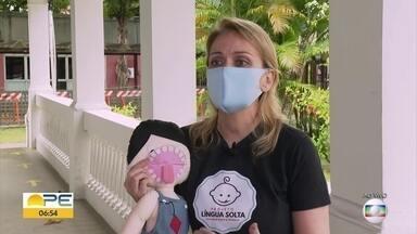 Odontóloga tira dúvidas sobre língua presa - Ana Cláudia Araújo explica como é possível diganosticar a situação.