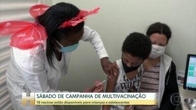 Dia D de vacinação acontece neste sábado com 18 vacinas para crianças e adolescentes - Em todo o Brasil mais de 40 mil postos estão funcionando num esforço extra para colocar as cadernetas de vacina em dia. Em todos os postos foram adotadas medidas de segurança contra a Covid-19.